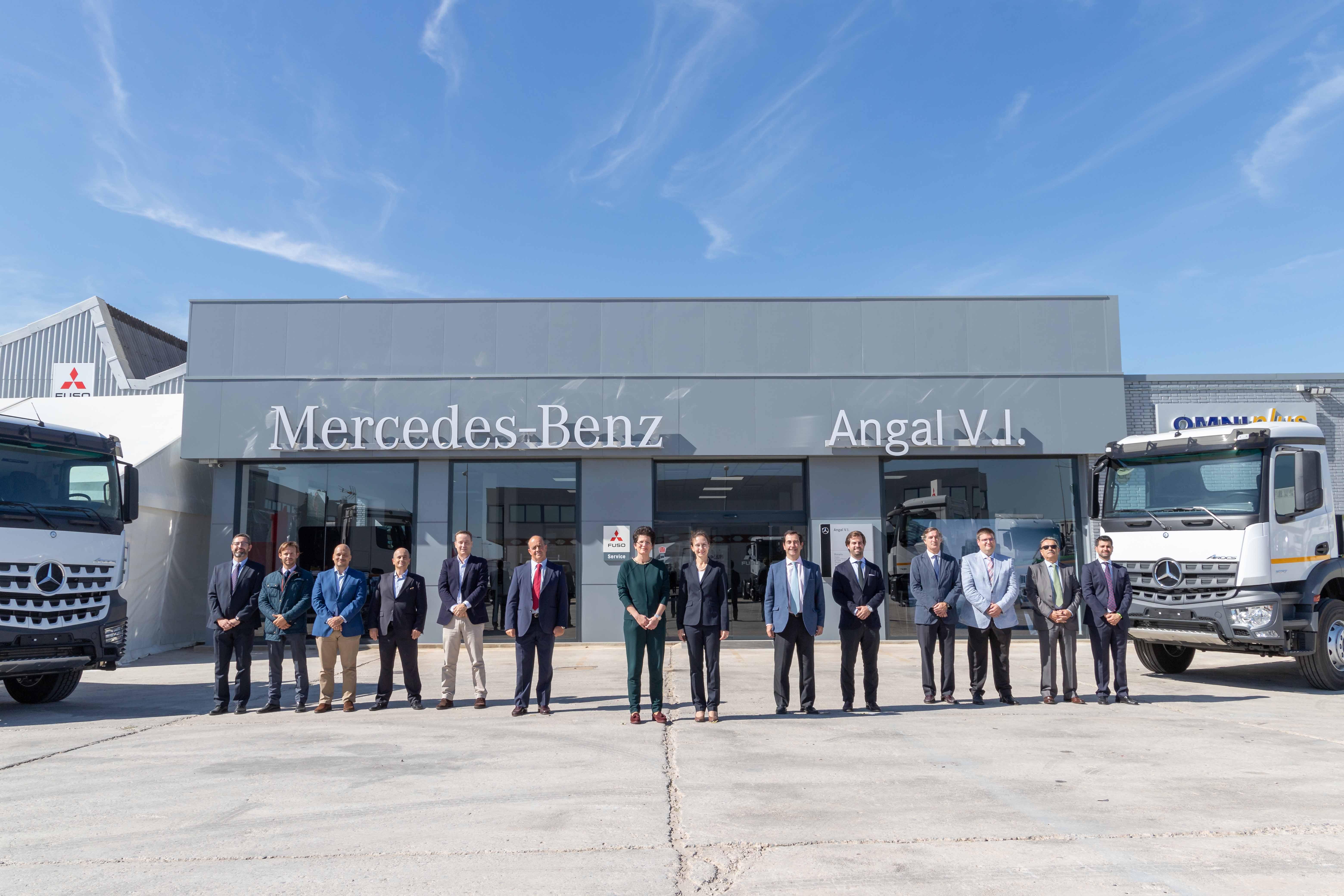 Grupo Angal está de inauguración de concesionario con Angal VI en Málaga.